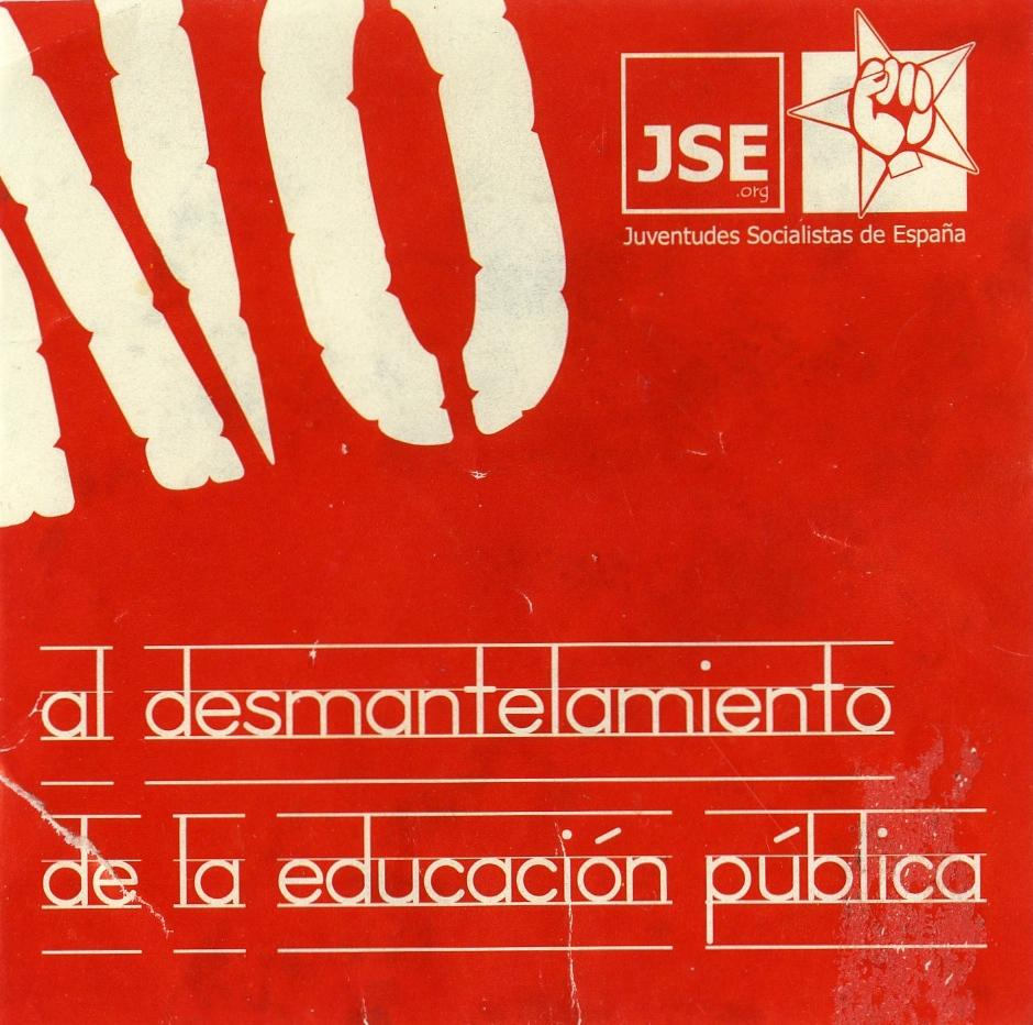 "This red and white sticker captures the attention of the audience with the word ""no,"" taking up the most space. Below the word ""no"" the rest of the text appears below, types as if it were on lined paper. In the right corner appears the logo for Juventudes Socialistas de España (JSE), a fist in a star."